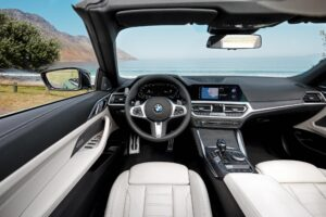 Nové BMW radu 4 Cabrio 2020 interiér