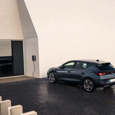 Nový Seat Leon e-Hybrid. Prekvapí vás výdržou