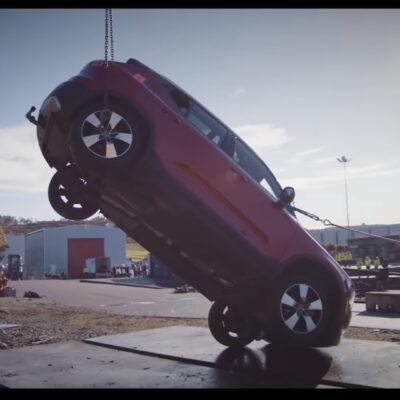 Volvo spustilo extrémne drop testy vozidiel!