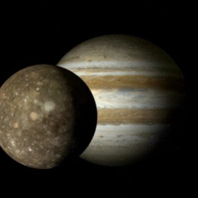 Pozrite si prenádherné divadlo Jupiteru a Saturnu.
